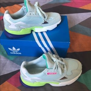 ADIDAS FALCONS Icemint Size: 7 1/2